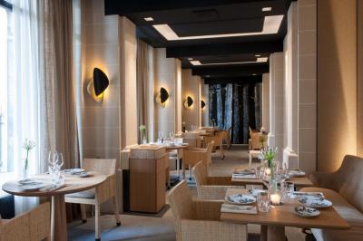 Le restaurant du Palais Royal obtient sa première étoile !