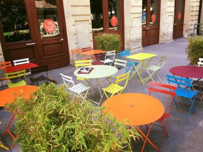 Le trois bis : nouveau restaurant de la Gaîté Lyrique