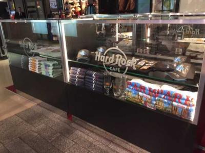 Le Hard Rock Café ouvre un magasin éphémère sur les Champs Elysées