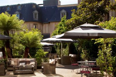 Le Parc Plage de l'Hôtel Renaissance Paris Le Parc Trocadéro