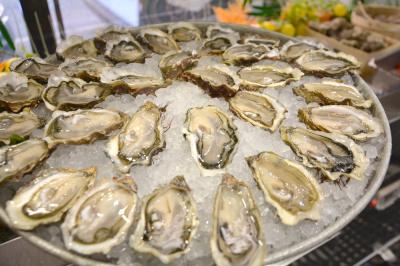 Le Boeuf sur le Toit lance son offre d'huîtres à volonté