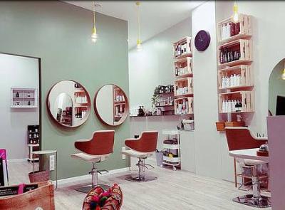 La Petite Maison Beatrice Leroi : Un salon de coiffure eco-friendly