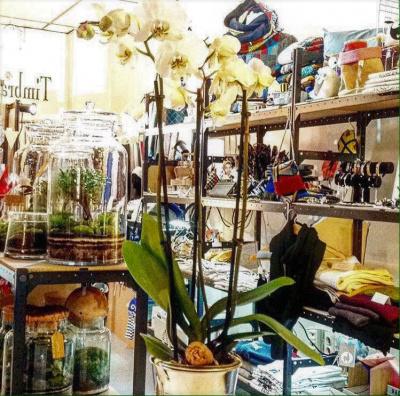 Une nouvelle boutique d di e aux artisans cr ateurs made for Idee boutique a ouvrir