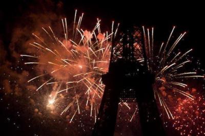 LOVE BOAT PARTY spéciale feu d'artifice du 14 Juillet (jour férié) sur le River's King avec vue sur la Tour Eiffel