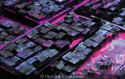 TanDEM-X, l'exposition d'Hendrik Czakainski à la galerie Wallworks