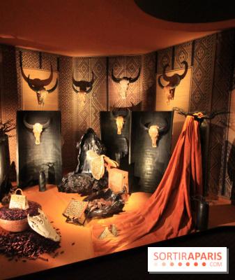 herm s tire d 39 aile au grand palais l 39 expo des vitrines. Black Bedroom Furniture Sets. Home Design Ideas