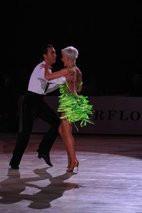 danseurs, couple, compétition, robe verte