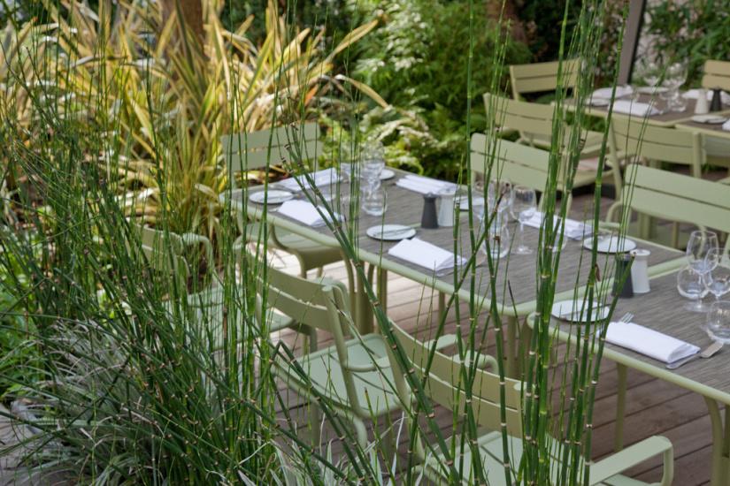 guide des plus belles terrasses paris. Black Bedroom Furniture Sets. Home Design Ideas