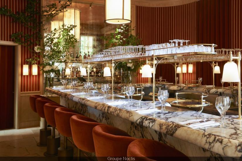 girafe le nouveau restaurant de la cit de l. Black Bedroom Furniture Sets. Home Design Ideas