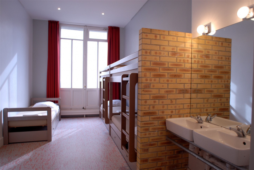 les auberges de jeunesse du bvj paris gagnez vos. Black Bedroom Furniture Sets. Home Design Ideas