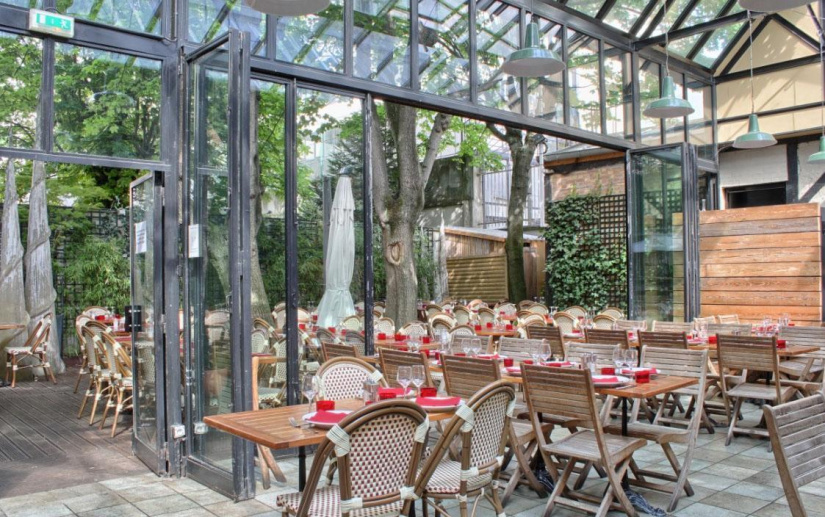 L 39 entrepot jardin ombrag et v randa for Restaurant au jardin paris