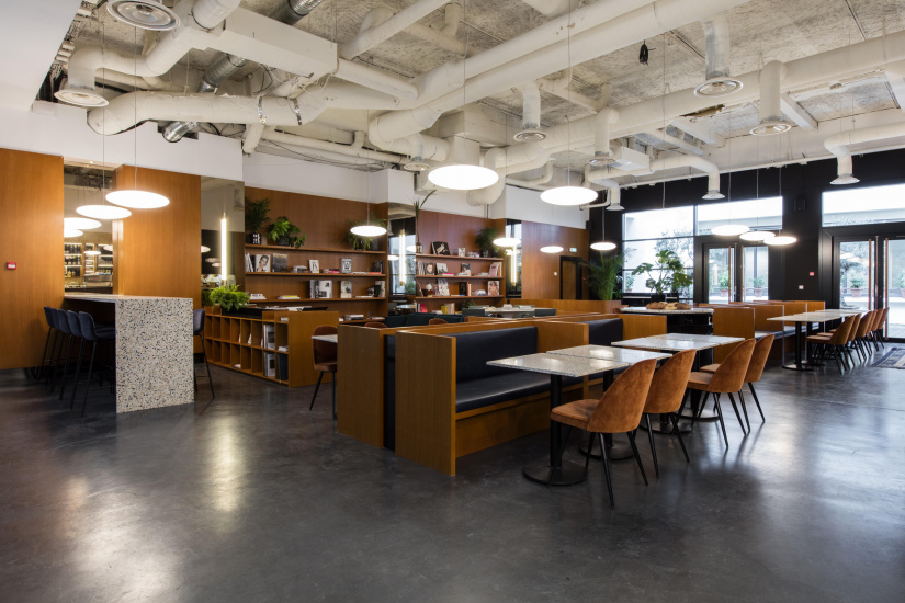 the bureau ouvre un nouvel espace de coworking haut de gamme dans le 8e. Black Bedroom Furniture Sets. Home Design Ideas