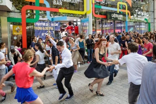 Electro Swing Party à l Atelier Renault - Sortiraparis.com 25d51eed198