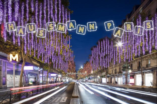 Illuminations de Noël 2017 sur le boulevard Haussmann