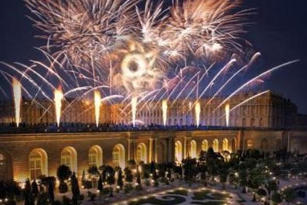Marie-Antoinette, le spectacle pyrotechnique du Château de ...