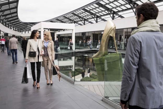 grand choix de e5c78 72c9c Shopping Outlets in Paris - Sortiraparis.com
