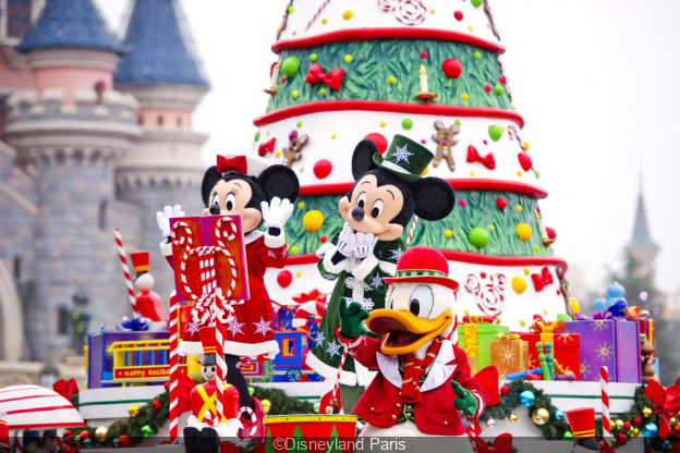 nol 2018 disneyland paris demandez le programme - When Does Disneyland Decorate For Christmas 2018