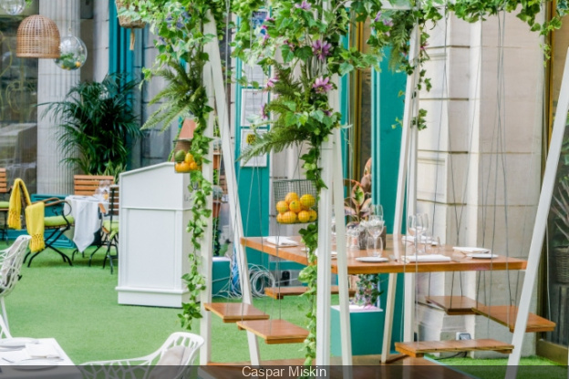 Temporary Restaurant Le Jardin D Hiver At Hotel The Westin Paris