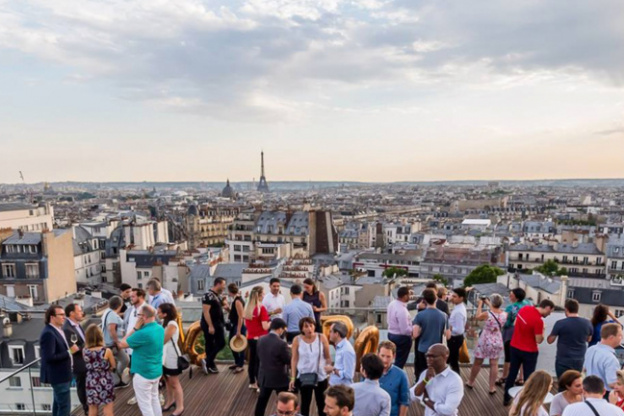 Summer Wine Night Sur Le Rooftop Le Dernier Etage Sortiraparis Com