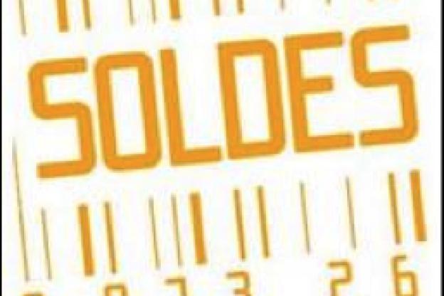 Soldes 2010   la tenue de combat idéale - Sortiraparis.com c6693c1e525