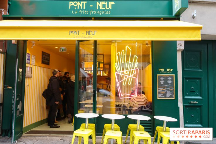 Opening Of Pont Neuf Paris First French Fry Store 100