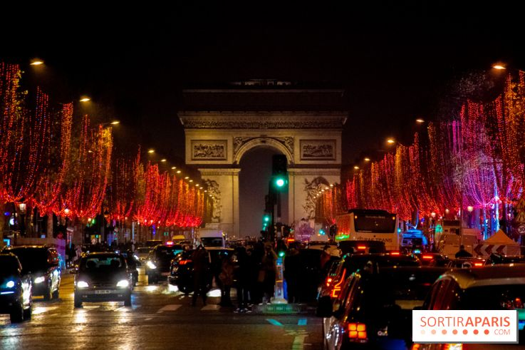 Christmas Lights In Paris.Christmas Lights 2019 On Paris Champs Elysees Date
