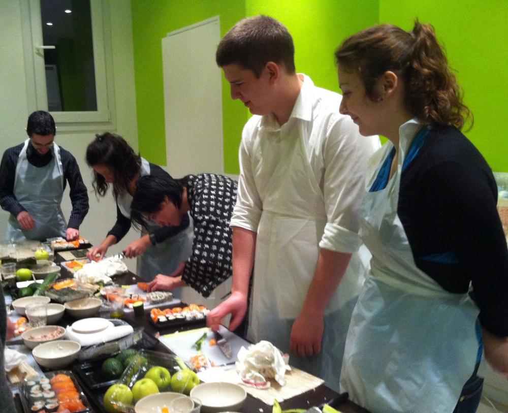 Saint valentin cuisinez pour elle ou lui ou bien deux - Cours de cuisine japonaise paris ...