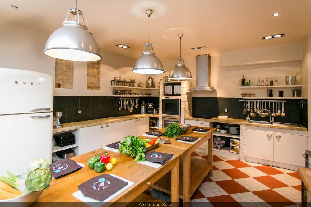Cours de cuisine pour les sportifs l 39 atelier des sens bastille - Articles de cuisine paris ...