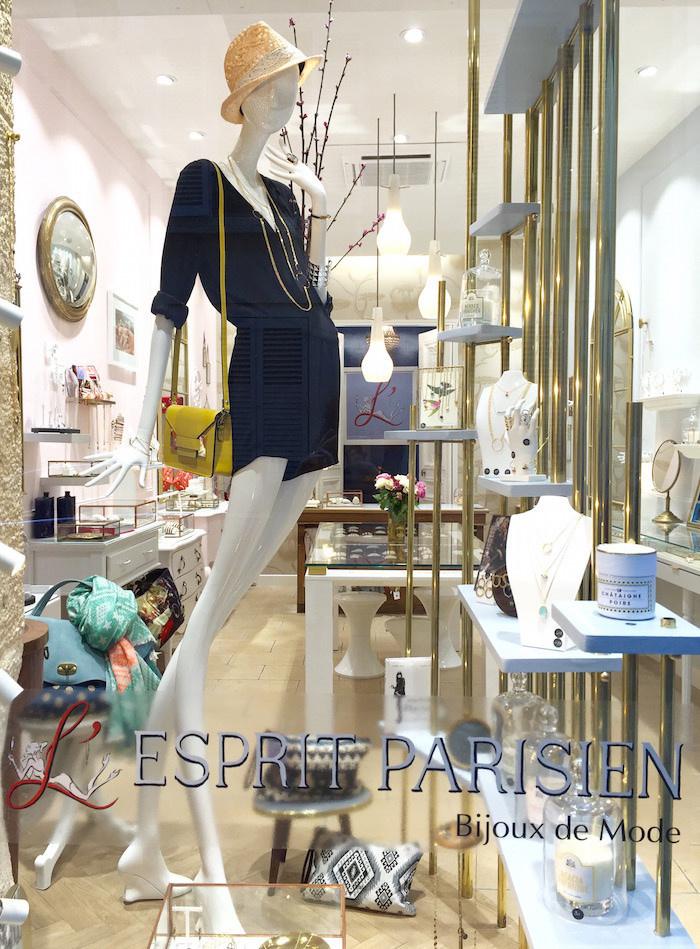 l 39 esprit parisien ouvre sa premi re boutique. Black Bedroom Furniture Sets. Home Design Ideas
