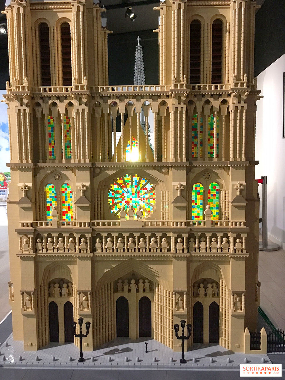 Exposition Lego U00ae  U00e0 L U0026 39 H U00f4tel De Ville  Derniers Jours