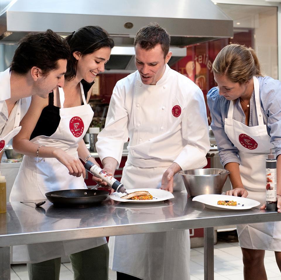 l 39 ecole alain ducasse apprenez cuisiner comme un chef. Black Bedroom Furniture Sets. Home Design Ideas