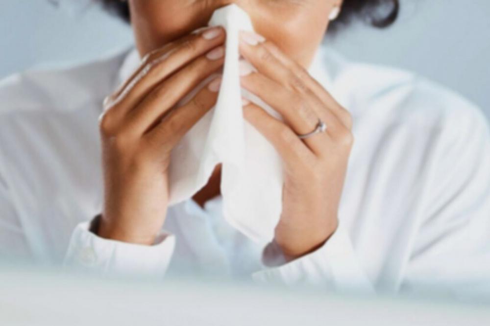 Grippe, gastro : les gestes barrières freinent l'arrivée des virus hivernaux en France - sortiraparis