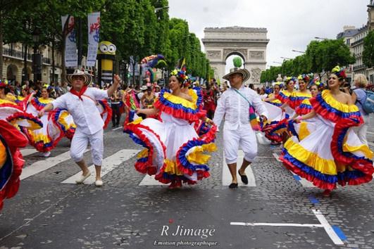 site de rencontre pour grand trajet gay pride paris 2018