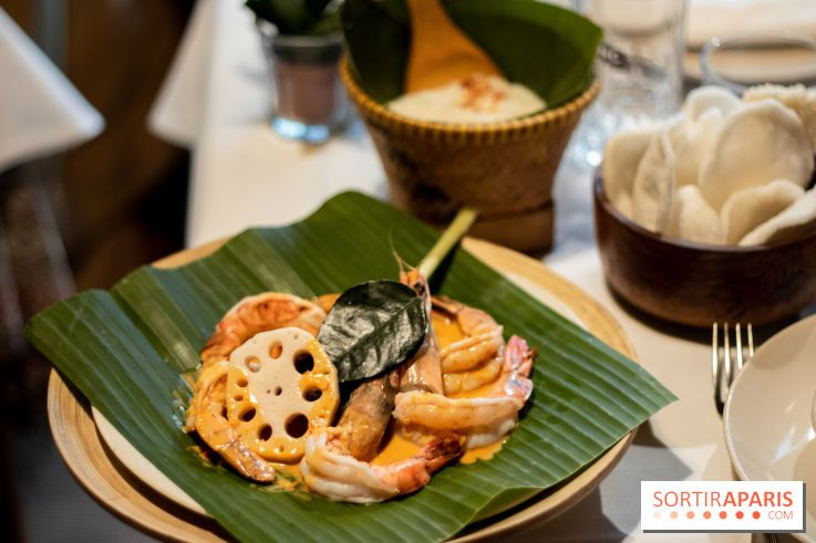 Djakarta-Bali : pepes udong (gambas à l'étuvée dans une feuille de bananier)