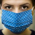 Covid : les masques artisanaux en tissus aussi efficaces que les chirurgicaux selon l'OMS
