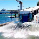 Insolite : Marcel le Canard, le bus amphibie qui vous fait visiter Paris sur la route et sur l'eau