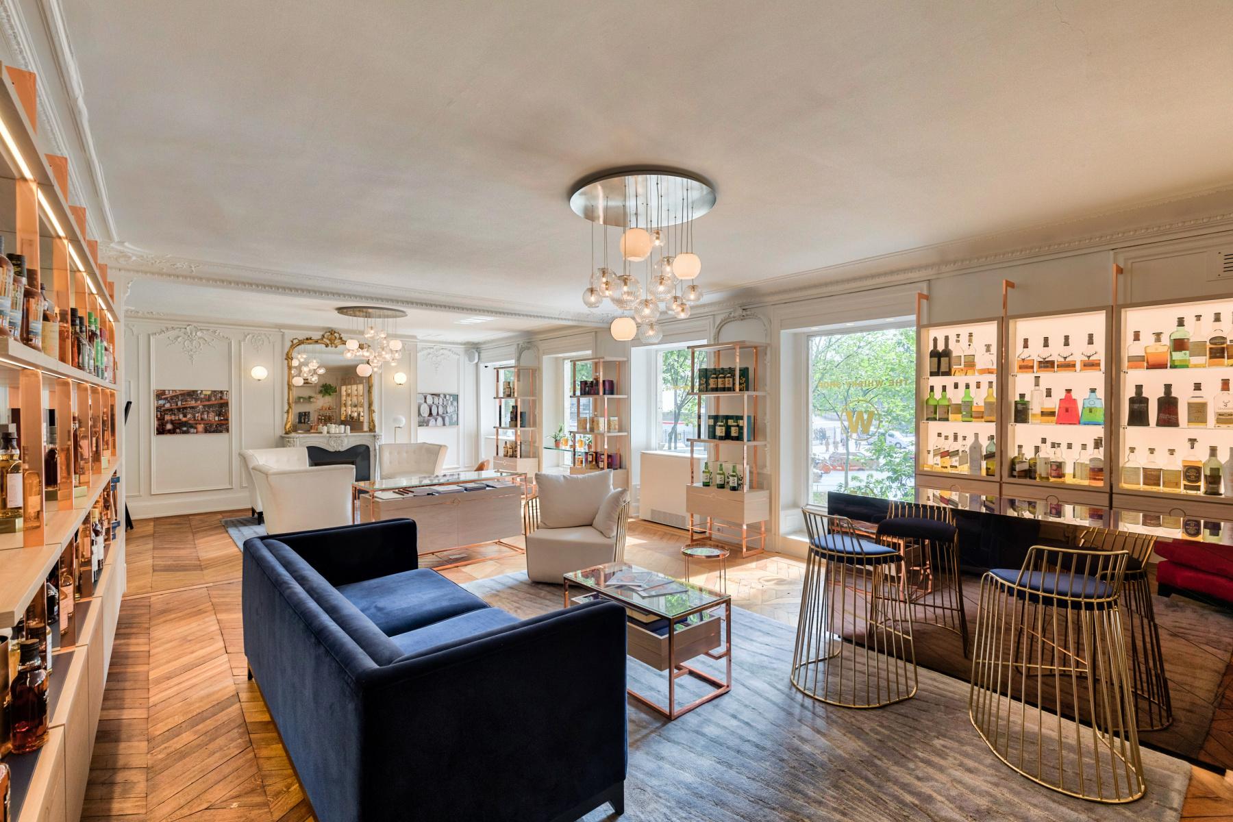 The Whisky Shop: tasting lounge at Place de la Madeleine ...
