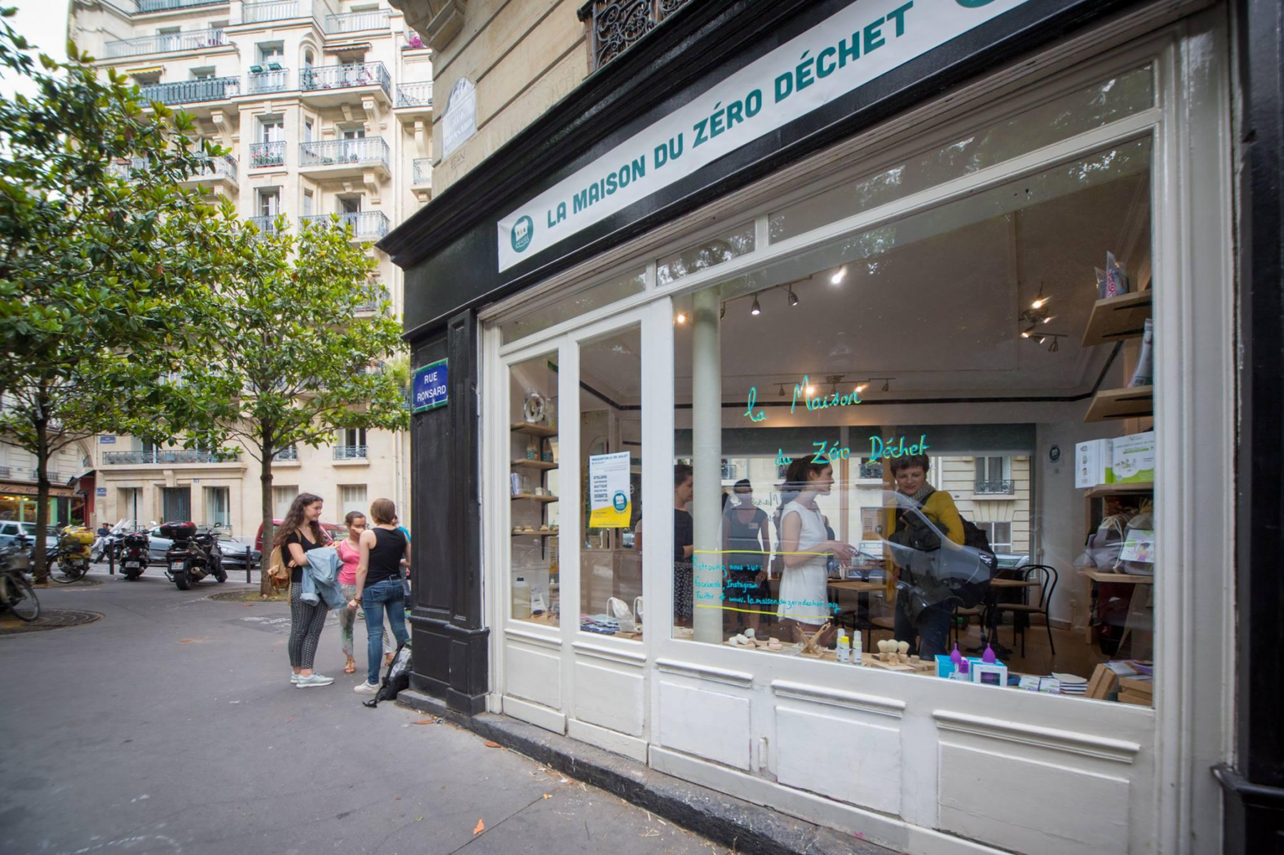 La Maison du Zéro Déchet, the zero-waste store in Paris