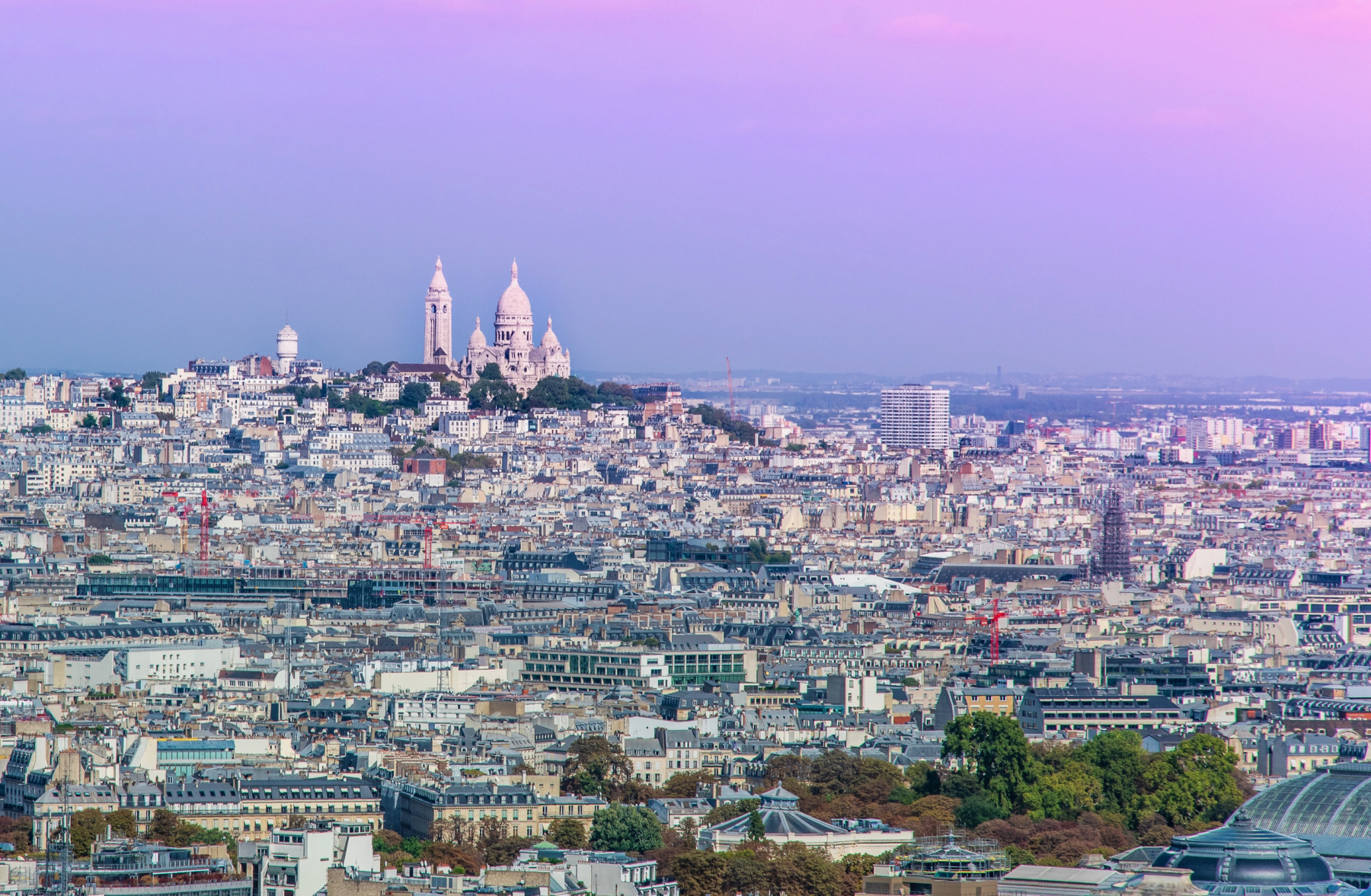 Terrasse Canal Saint Martin khayma rooftop bar: an affordable rooftop-bar with views on