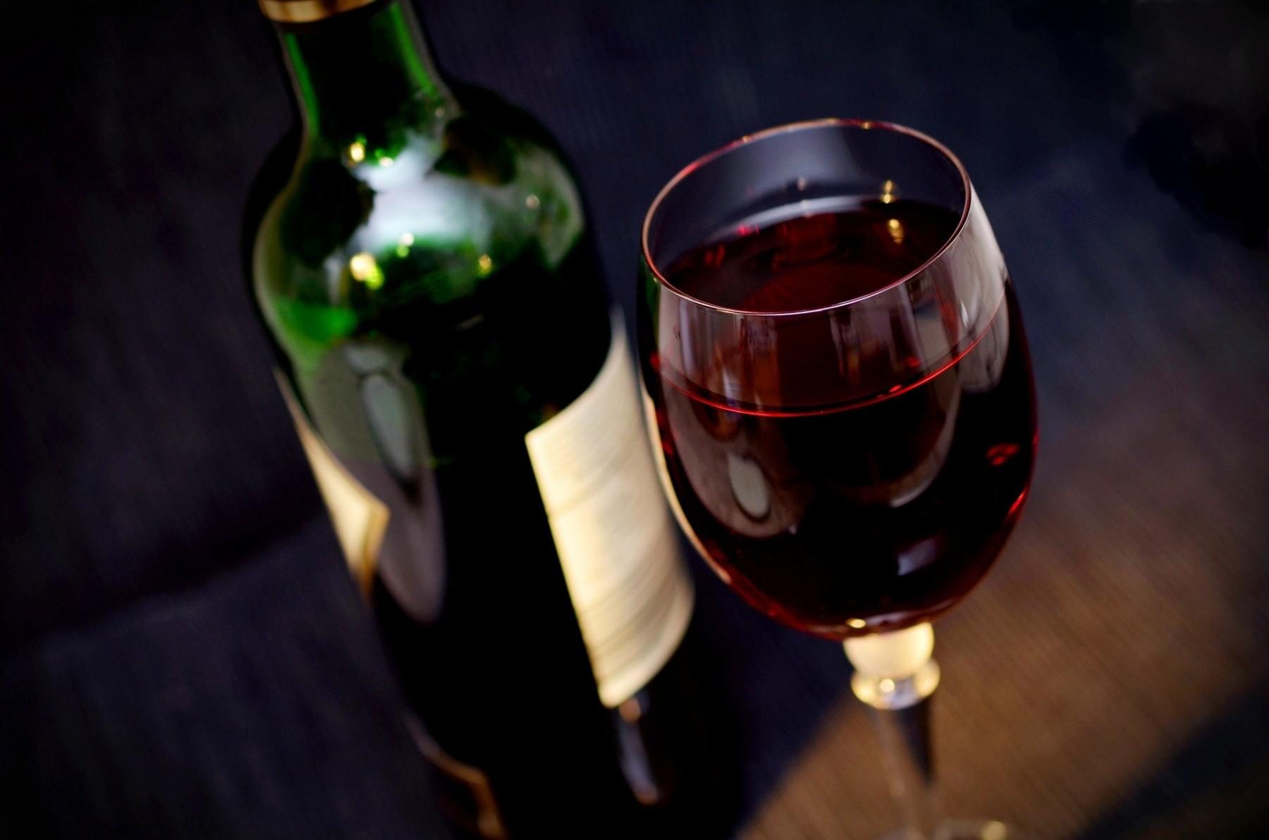 The Best Wine Cellars In Paris