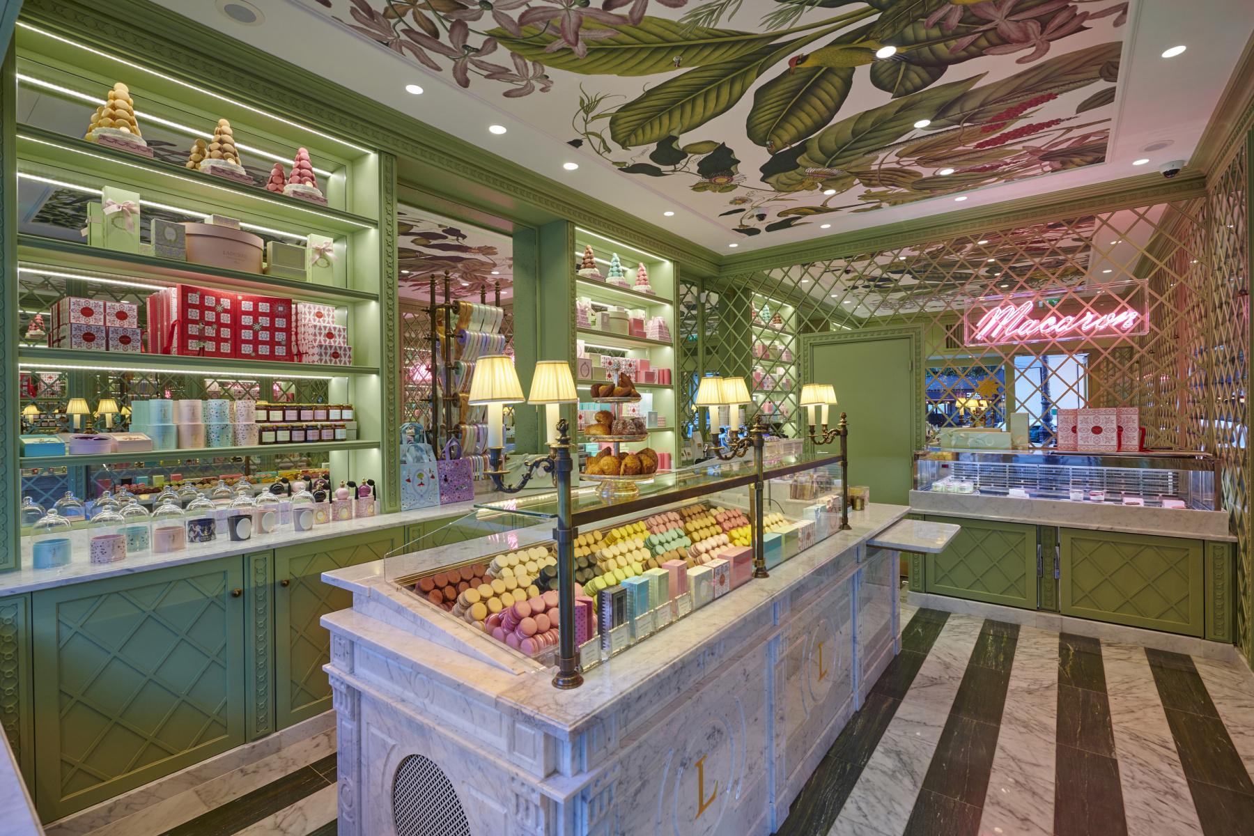La pâtisserie Ladurée rachetée par LOV Group ? - Sortiraparis.com
