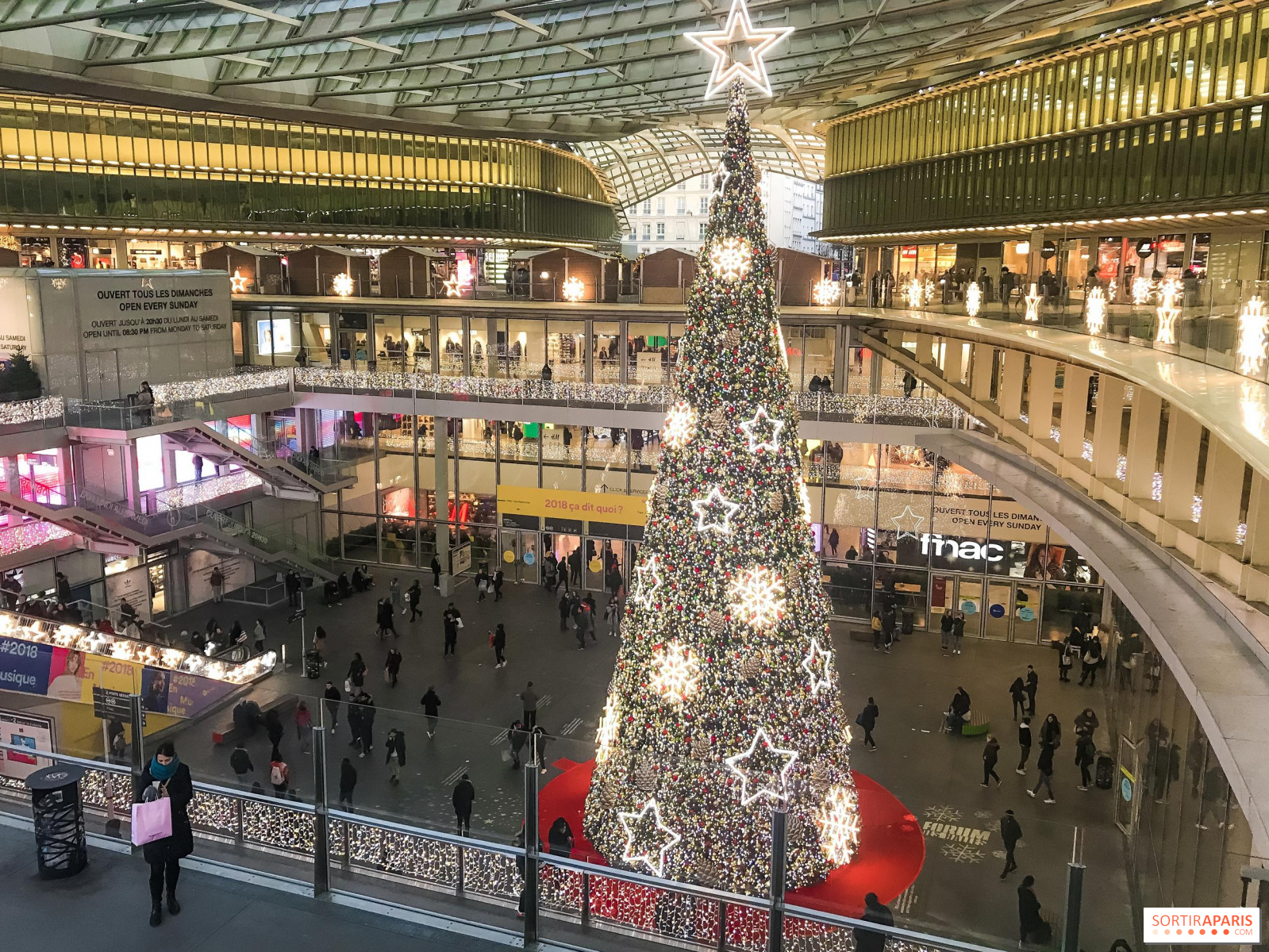 Paris Canopée des Halles Christmas Market 2019 ...