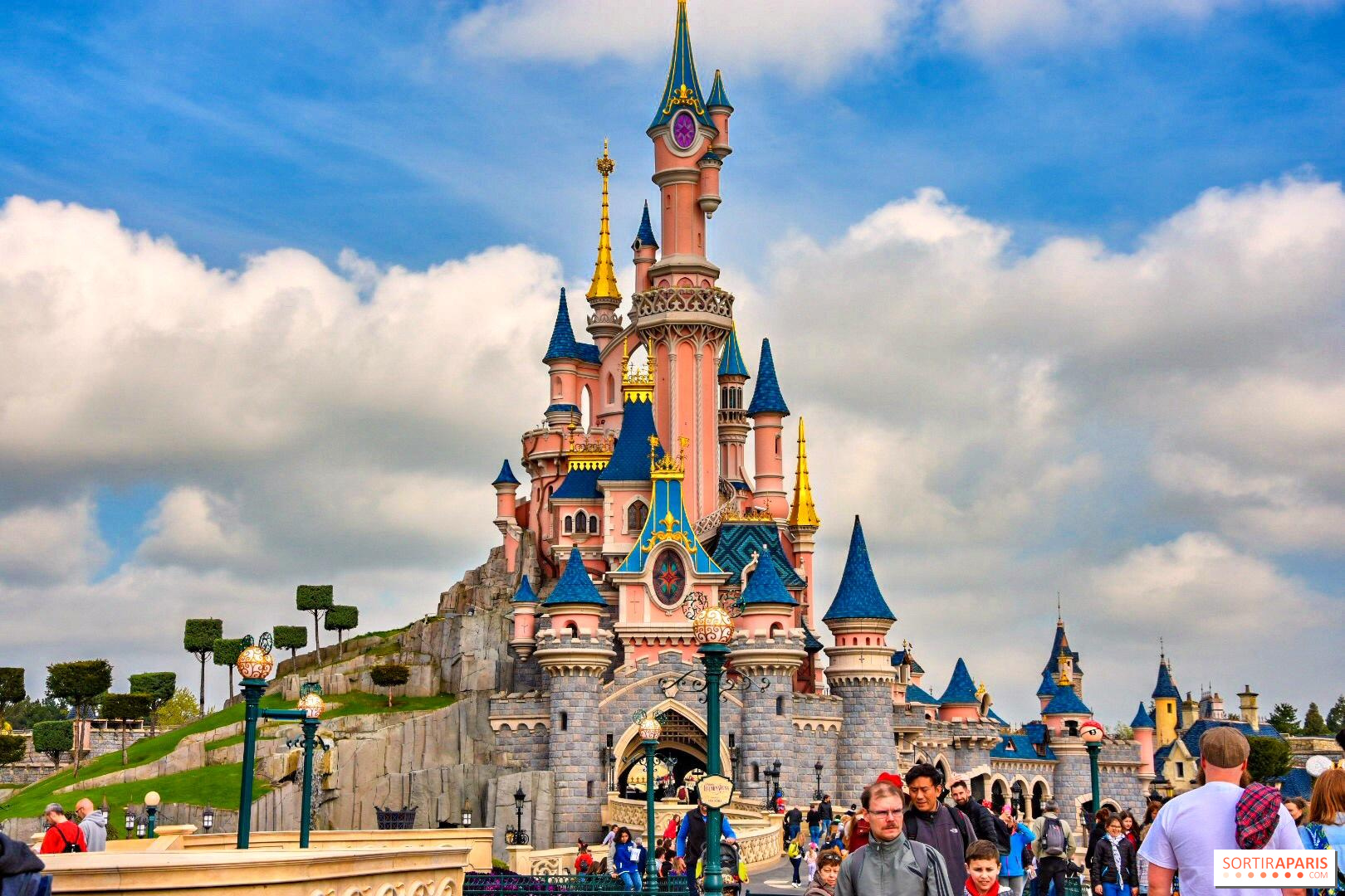 Disneyland Paris Reopens Its Parks Sortiraparis Com
