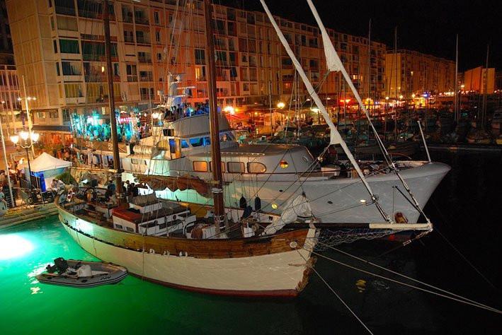 Axe Boat Toulon