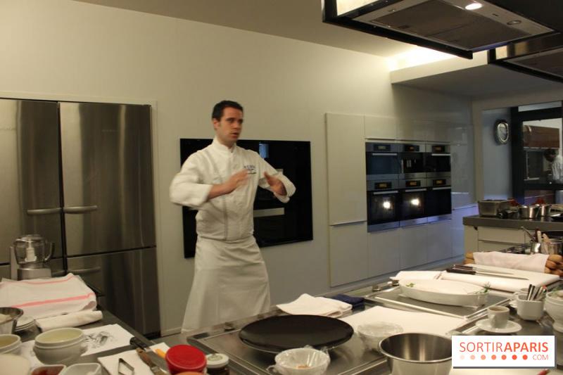 album photos cours de cuisine sp cial homard l 39 ecole ducasse. Black Bedroom Furniture Sets. Home Design Ideas