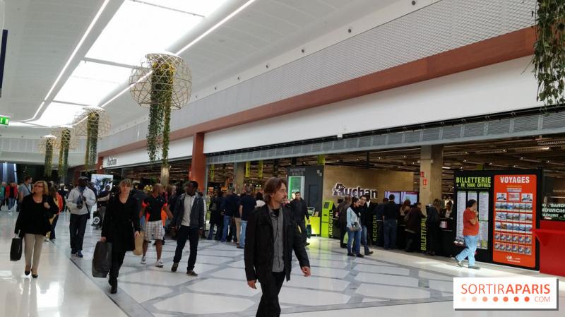 Photo aeroville le centre commercial de roissy tremblay en france aerovi - Centre commercial a roissy ...