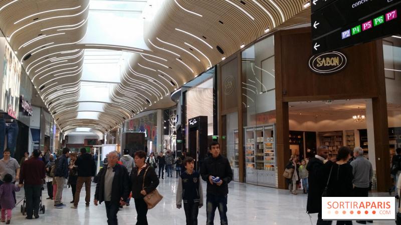Photo aeroville le centre commercial de roissy tremblay en france aerovi - Le centre commercial aeroville ...