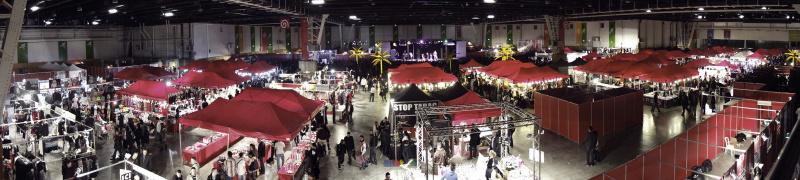 Photo panorama des stands salon de l 39 rotisme salon de for Salon de l erotisme nord