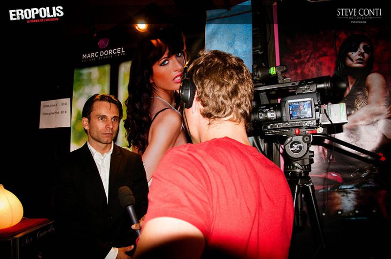 Photo allan th o interview salon de l 39 rotisme salon for Salon de l erotisme lyon