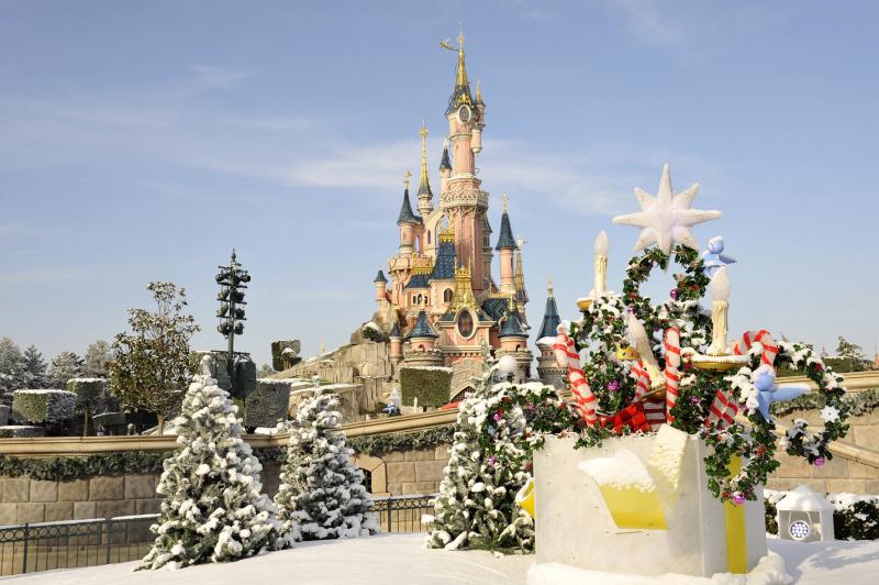 Disneyland Paris Decor L Hiver